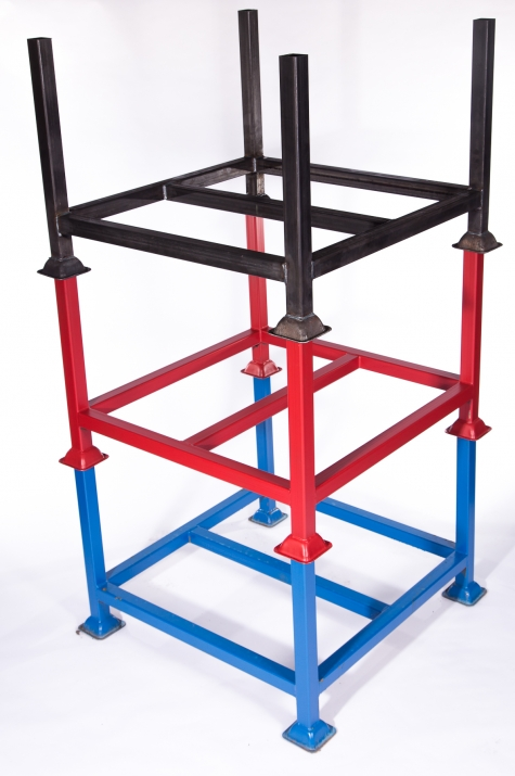 Powder coated post pallets